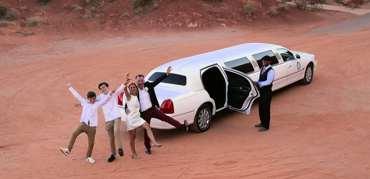 Valley of Fire Wedding Package Limousine Transportation