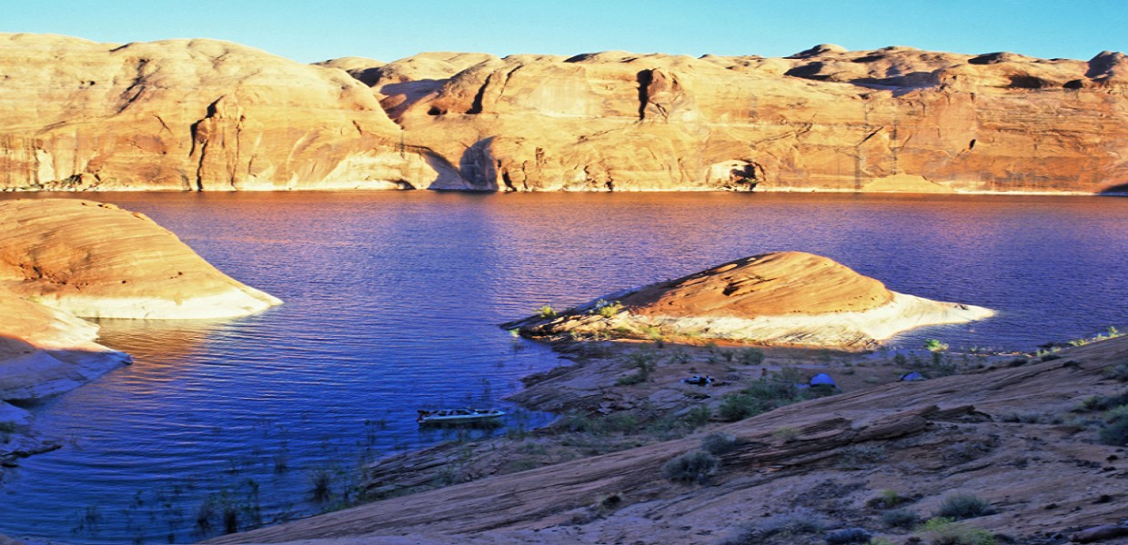 Airplane Tours of Page & Lake Powell