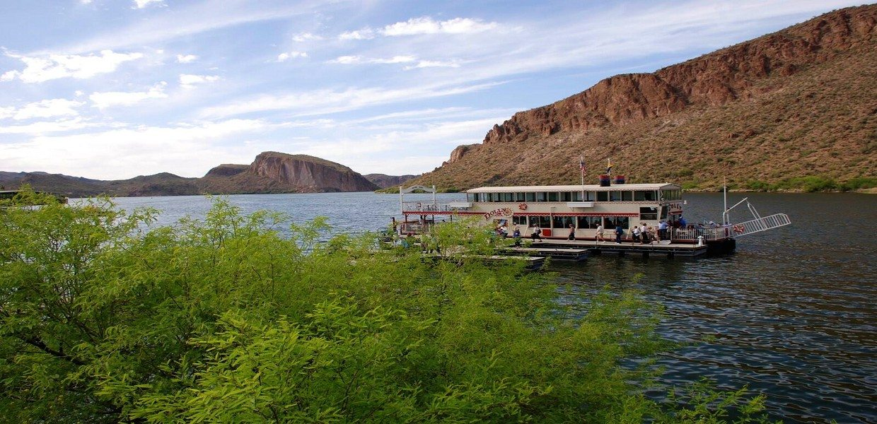 The Tour Exchange Apache Trail Tour Dolly Steamboat